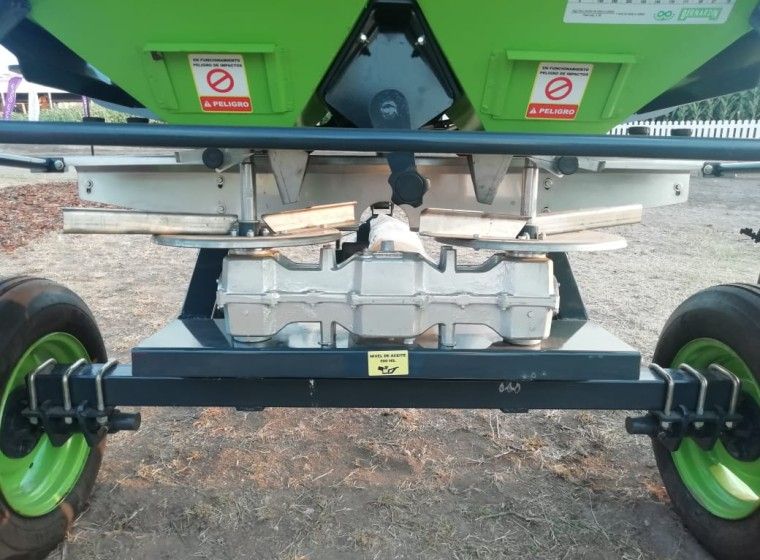 Fertilizadora Bernardin 0km Infinity 1250 lts, año 0