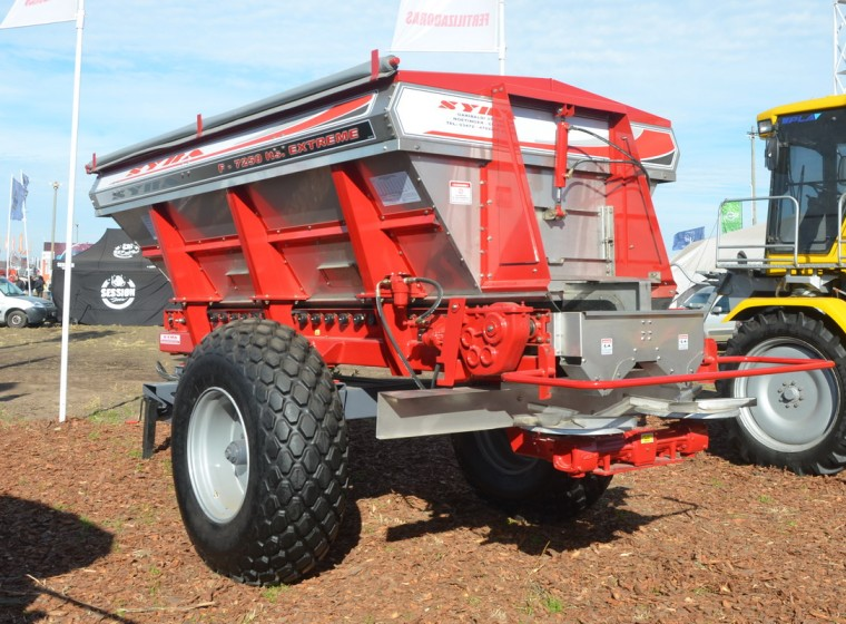 Fertilizadora Syra 7250 LTS, año 2020