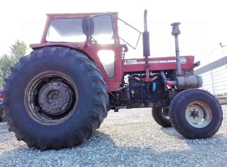 Tractor Massey Ferguson 1095, año 1976